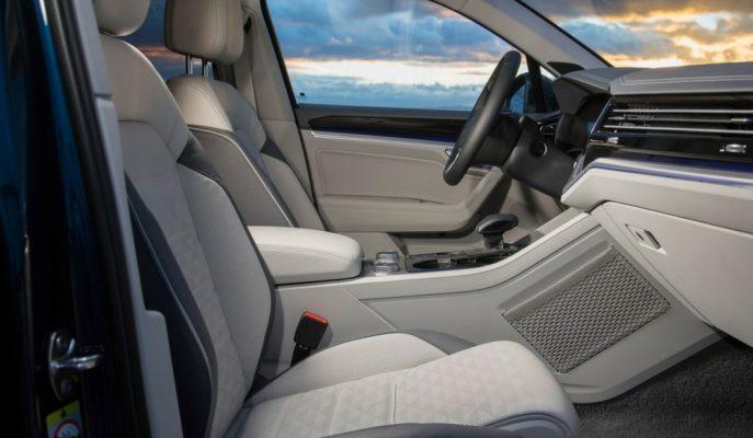 Yeni Nesil VW Touareg'in Kokpitinden İlk Görseli!