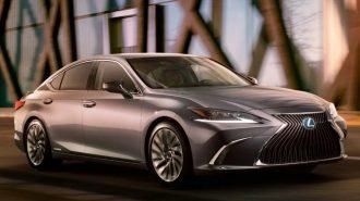 2019 Lexus ES Yeni Karoserini Gösterdi!