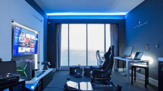 Alienware Oyuncular için Ultra Lüks Otel Odası Tasarladı!