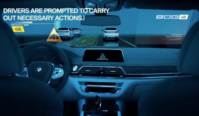 BMW'nin Yeni Nesil V2V Araç Bağlantı ve Ekran Teknolojisi!