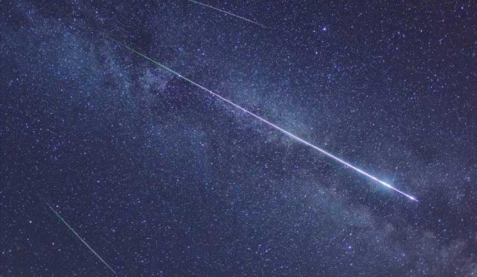 Gökyüzünde Enfes Şölen: Lyrid Meteor Yağmuru Başladı!