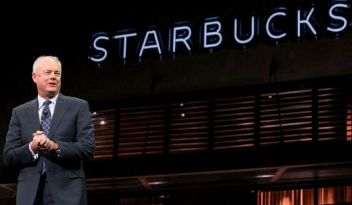 Starbucks CEO'su Tutuklanan İki Siyahi Müşteriyle Tanışıp Bizzat Özür Dilemek İstiyor!