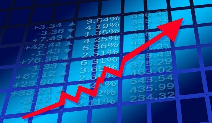 Doların 4,56, Euro\'nun 5,35\'i Geçmesiyle Analistler Beklentilerini Yeniledi