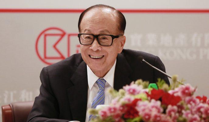 Hong Konglu Milyarder Koltuğunu Resmen Oğluna Devrediyor!