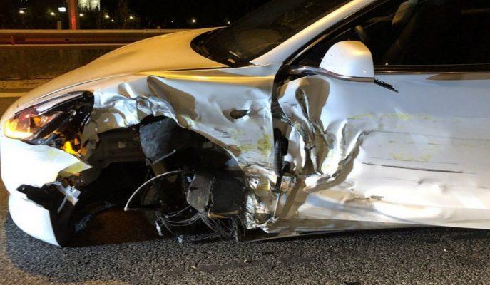 Yunanistan'da Yaşanan Olaylı Model 3 Kazası!