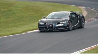 Bugatti 2 Yıl Geçmesine Rağmen Neden Hala Chiron'u Test Ediyor?