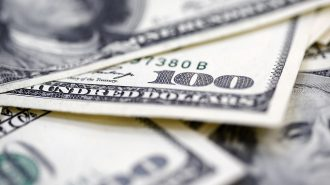 Dolar Seçim Belirsizliğinin Sona Ermesiyle 4,54'e Geriledi