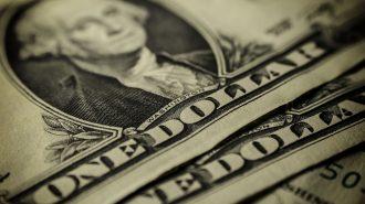 Seçim Öncesi Dalgalı Seyreden Dolar 4,68'e Geriledi