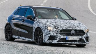 Mercedes'in A45-AMG ve A35-AMG Sedan Toplamda 700 Beygir Güçle Geliyor!