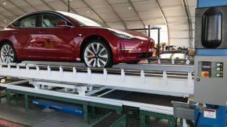 """Tesla Yeni Üretim Hattında """"Model 3 – Dual Engine Performance"""" Hazırlığı Yapıyor!"""