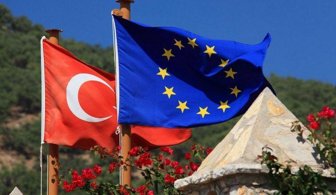 Türkiye Avrupa Birliği'ne Girme Şansını Gittikçe Kaybediyor!
