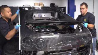 Bugatti Veyron'un Sadece Yağ Bakımı Maliyeti ve Değişim Zorluğuna Şaşıracaksınız!