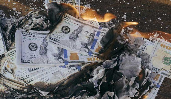 Dolar Kuru Gündem Beklentileri ile 4,90 Liranın Üzerini Test Ediyor
