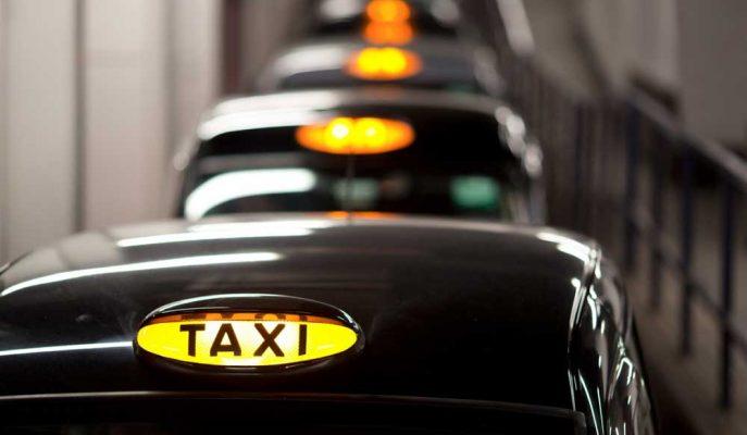 Londralı Taksiciler Uber'e Karşı 1.5 Milyar Dolarlık Davaya Hazırlanıyor!