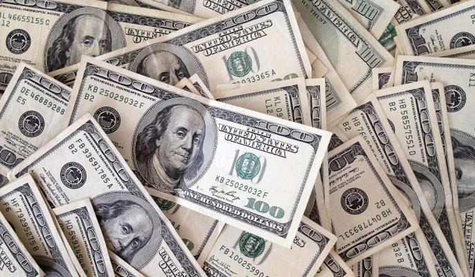 Merkez Bankası Faizi Sabit Tuttu, Dolar 4,91'e Fırladı!