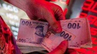 İngiliz Gazetesine Göre Türkiye Ekonomisi Resesyona Doğru İtiliyor!