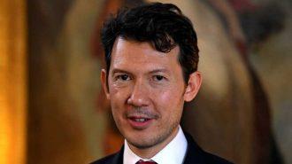 Yeni Air France-KLM CEO'su Fransız Olmayınca Sendikalar Ayağa Kalktı!