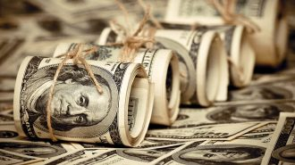 Dolar Yeni Ekonomi Programı ile Sert Dalgalandı