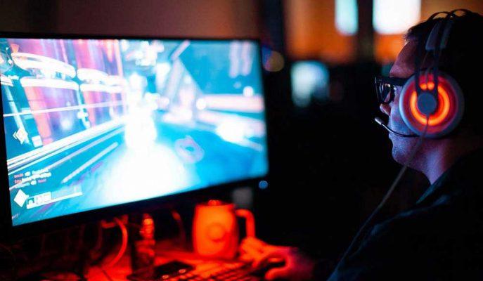 Fenomen Oyun Fortnite İngiltere'de Yuvalar Yıkıyor!
