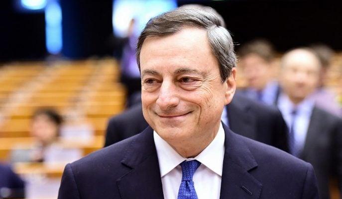 """AMB Başkanı Draghi: """"Enflasyon İçin Teşvikler Hala Gerekli"""""""