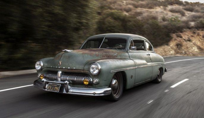 SEMA'ya Getirilen Bu Paslı Mercury Coupe'de Ne Olduğunu Tahmin Edemezsiniz!