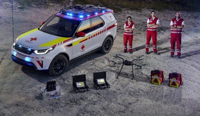 Land Rover Discovery'nin Son Teknoloji Acil Kurtarma Aracına Dönüşümü!