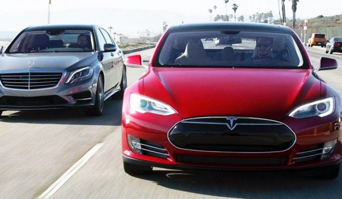 """Daimler CEO'su: """"Tesla ile Yeniden Çalışabiliriz"""""""