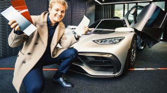 F1 Şampiyonu Nico Rosberg Mercedes Project One'ını Özelleştiriyor!