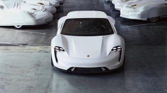 Full Elektrikli Porsche Taycan Beklendiği Kadar Pahalı Olmayacak!
