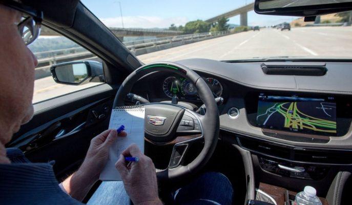 """Otonom Sürüşte """"Cadillac – Tesla"""" Kapışması Tüketici Raporlarıyla Sonuçlandı!"""