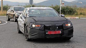 Acura Yeni TLX'in S Tipiyle Mercedes C43 AMG'ye Meydan Okuyacak!