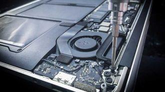 Apple Yeni MacBook Modellerinin Üçüncü Taraf Servislerde Onarımını Engellediğini Kabul Etti