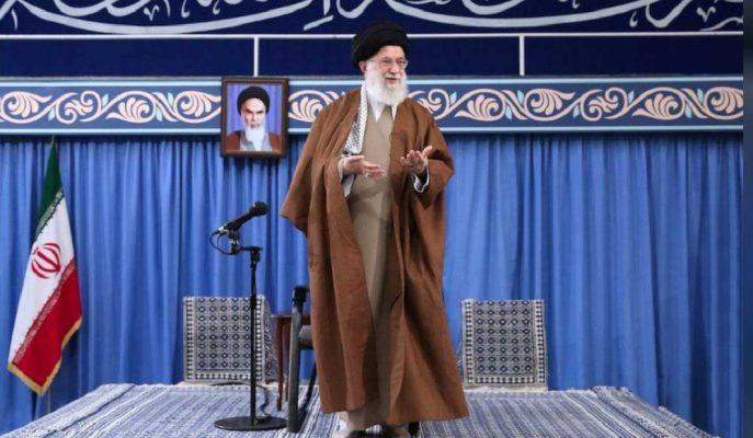 """İran Dini Lideri Hamaney: """"İran Cephesinde Kaybeden ABD Çökmeye Doğru Gidiyor"""""""