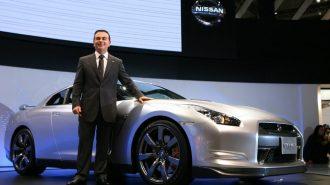 Renault CEO'su Carlos Ghosn'a Tutuklama Kararı!