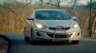Hyundai Elantra'sı ile 1.6 Milyon KM'yi Deviren Kadına Özel Hediye!