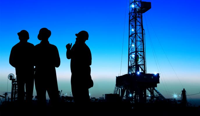 Petrol Piyasası OPEC ve Ticaret Savaşının Gölgesinde Dalgalanmaya Devam Ediyor