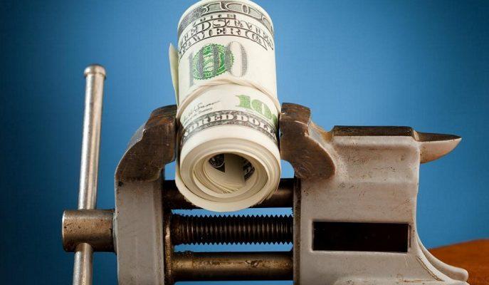Dolar Kuru Apple'ın Satış Tahminlerini Düşürmesiyle 5,72'ye Sıçradı