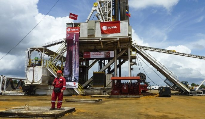 Petrolün Varili Venezuela Yaptırımları ile 52 Dolar Civarında