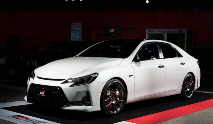 Toyota Mark X GRMN 313 Ps'lik Gücüyle Spor Araba Kıvamına Getirilmiş!