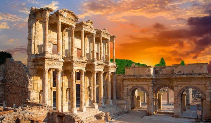 TÜROB Bu Yıl Hem Turist Sayısında Hem de Gelirde Artış Bekliyor
