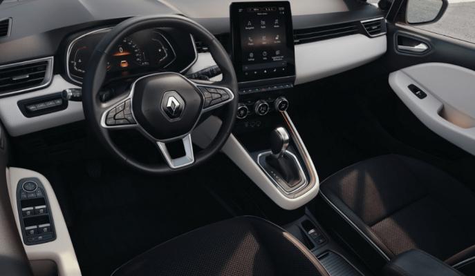 Yeni Renault Clio 5'in Kokpitine Dair İlk Görüntüler Geldi!