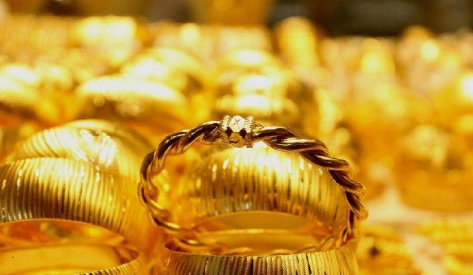 Altının Ons Fiyatı Ticaret Müzakereleri Öncesinde 1307 Dolara Geriledi