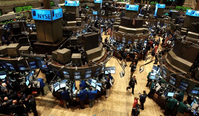 Wall Street Cuma Günü Düşerken, Haftalık Bazda Kazandırdı ve Yatırımcılar Fikir Ayrılığına Düştü