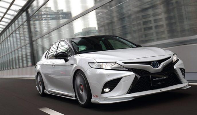 """Lexus IS-F Tadında """"Toyota Camry"""" Modifiyesi!"""