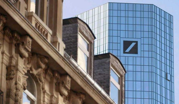 Deutsche Bank'ın Üst Yönetimi 4 Yıl İçinde İlk Kez İkramiye Aldı