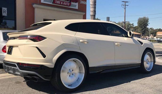 Kanye West'e Hazırlanan Lamborghini Urus'u Alman Taksisine Benzetiyorlar!