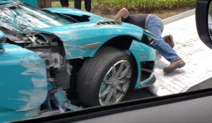 """Dünyada Tek Olan """"Turkuaz Koenigsegg CCXR"""" da Yok Oldu!"""