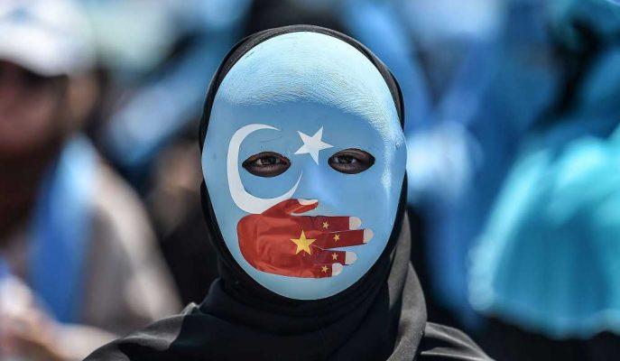 Microsoft: Çin'in Uygur Müslümanlarını Takip için Kullandığı Söylenen Yüz Tanıma Firmasıyla Ortak Değiliz