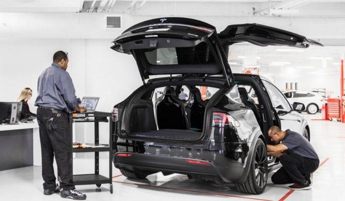 Tesla Model Serilerinin Periyodik Bakımları için Şaşırtıcı Değişimler Yaptı!