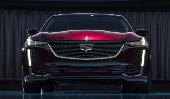 Cadillac'ın BMW 5 Serisi Rekabetine Sunduğu 2020 CT5 Gösterildi